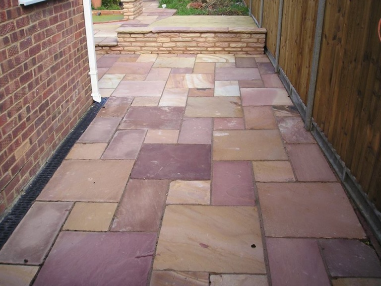 Patio – Warden Hill, Cheltenham