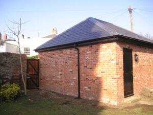 double garage chelt 2